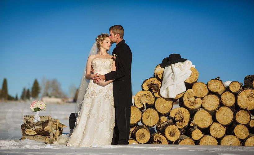 Colorado-Winter-Wedding-Westcliffe-CO-6