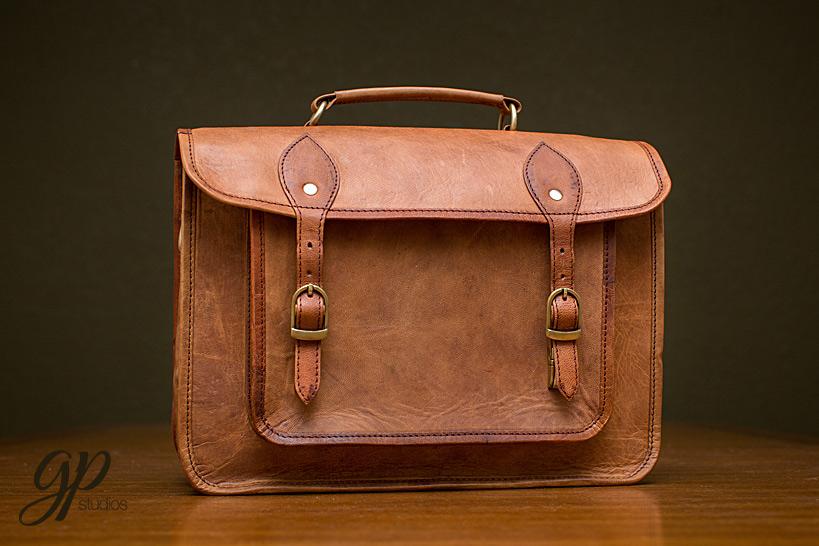 DSLR-Leather-Bag-LeftOver-Studio-1