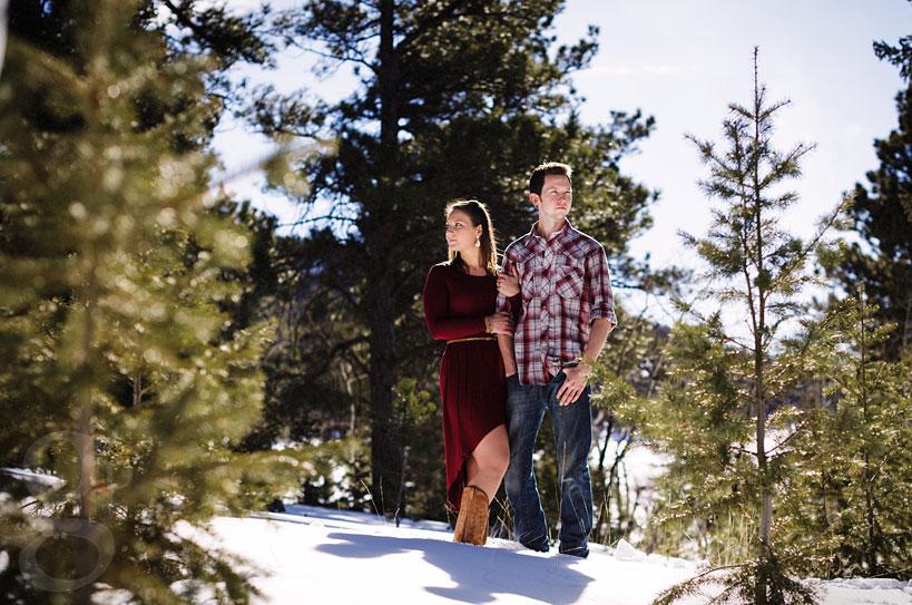 Evergreen-Snow-Engagement-Photos-11