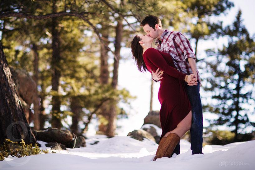 Evergreen-Snow-Engagement-Photos-17