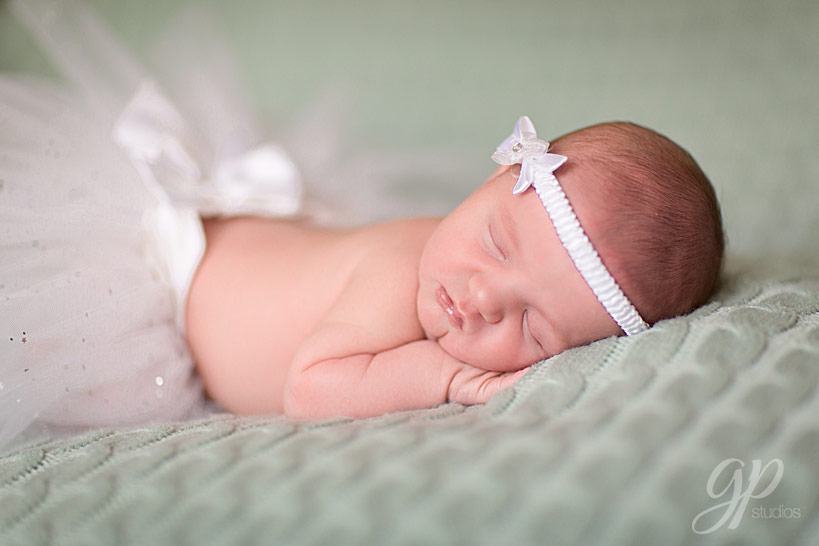 Englewood_Newborn_Photographer-4