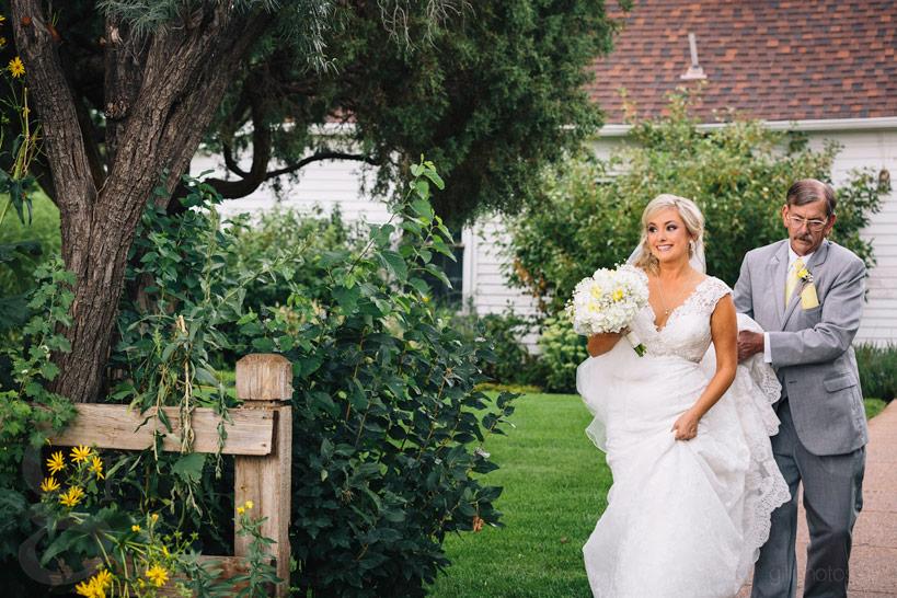 chatfield_barn_wedding-17