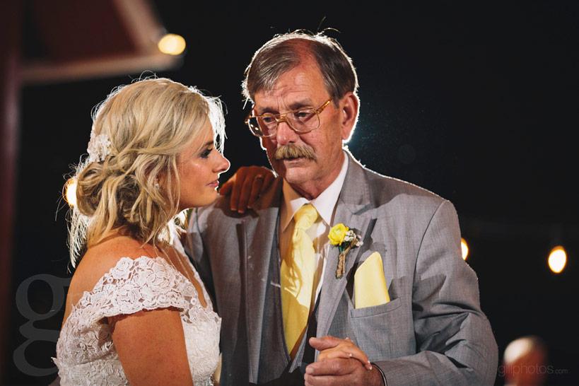 chatfield_barn_wedding-33