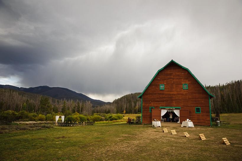 Double-A-Barn-Wedding-Grand-Lake-CO_0015