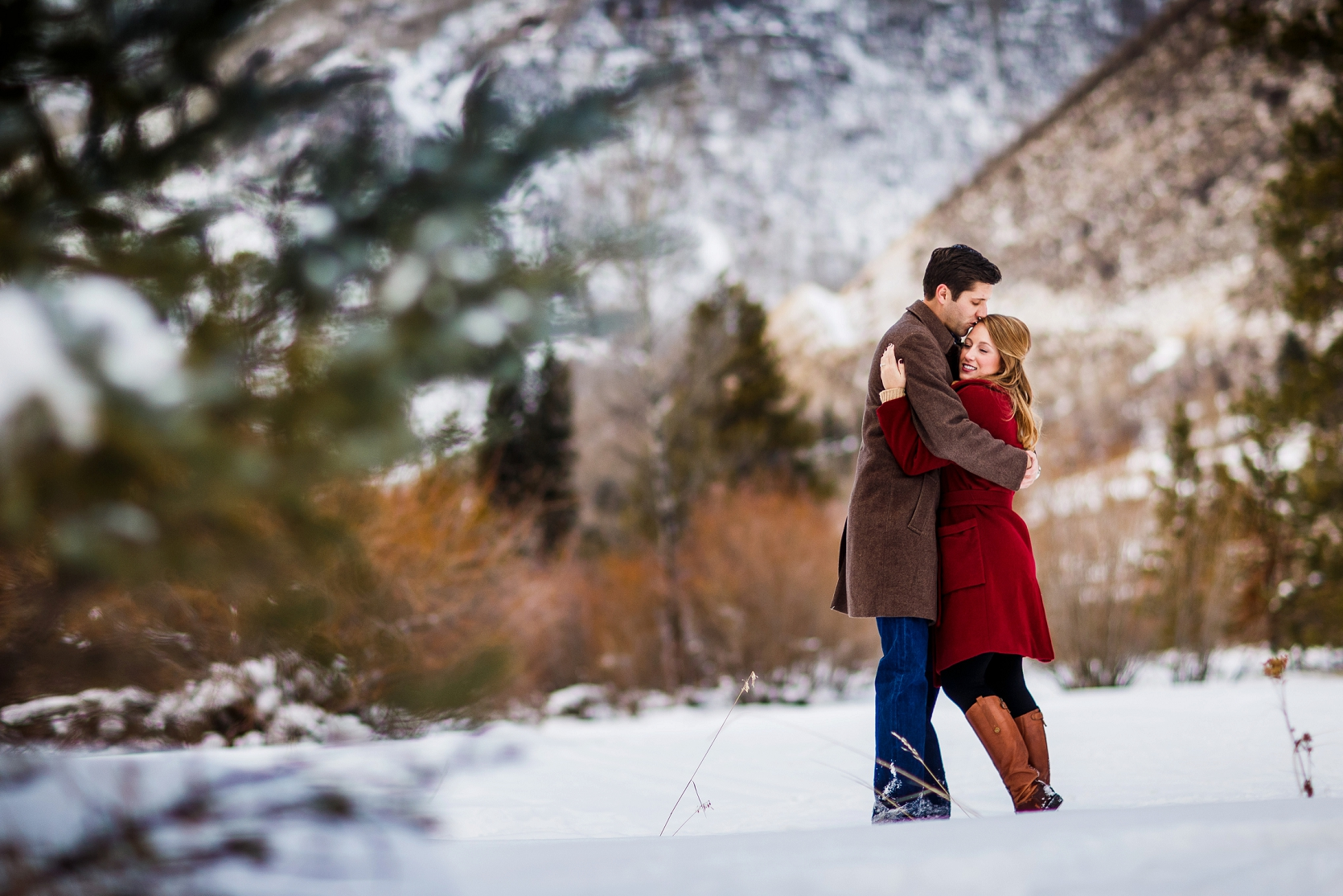 Winter_Vail_Engagement_0011