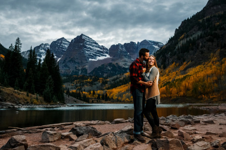 Maroon Bells Engagement Photo